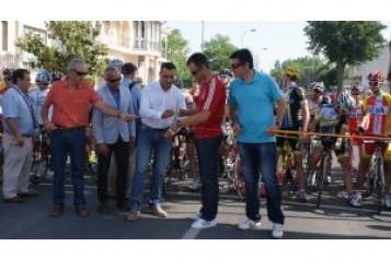 200 corredores participan en el III Trofeo Federación de Ciclismo