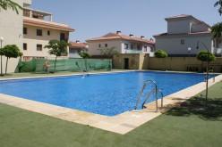 Bonos mensuales para la piscina municipal descubierta