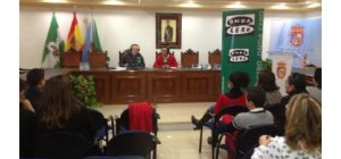 El programa 'Granada en la Onda' se emite en directo desde Alhendín