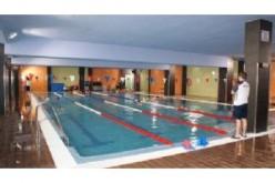 La piscina amplía su oferta con una actividad lúdica para la familia y nado libre deportivo