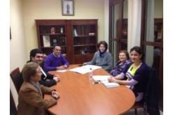 El equipo de gobierno se reúne con la asociación pulso y púa 'Rondalla de Alhendín'