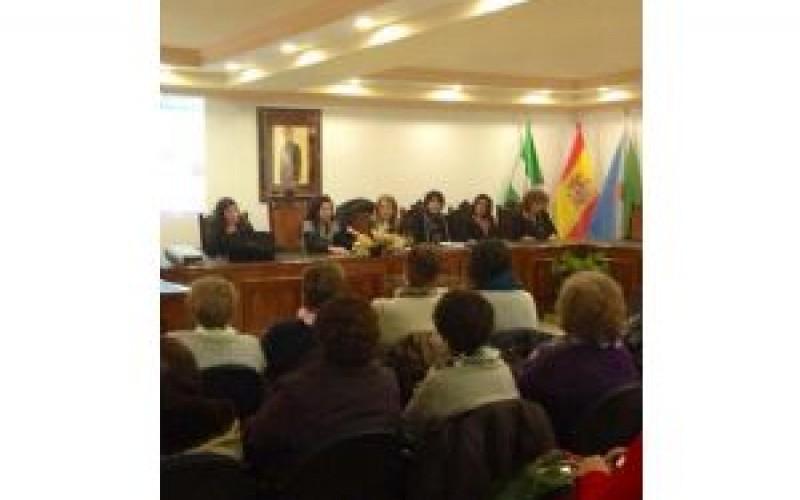 Los alhendinenses muestran su tolerancia cero contra la violencia de género