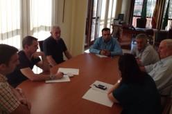 El Ayuntamiento mantiene su colaboración con la Comunidad de Regantes y actuará en las acequias del municipio