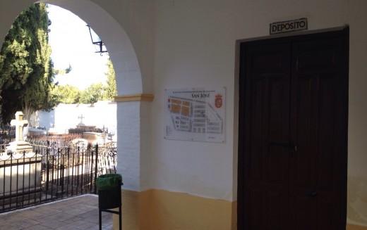 Alhendín acondiciona su cementerio municipal de cara al Día de los Difuntos