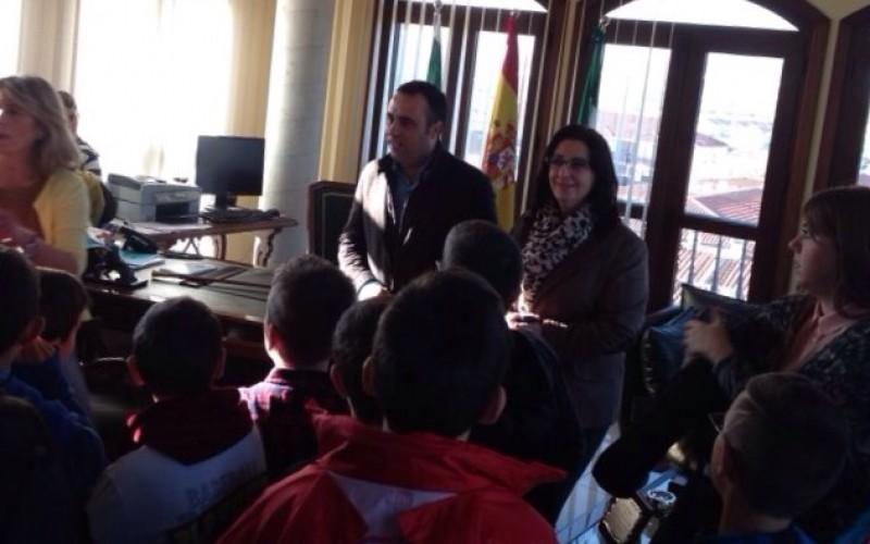 Alhendín conmemora el Día de la Constitución Española con un pleno infantil