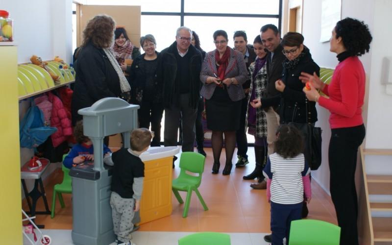 Alhendín amplía su oferta educativa con la apertura de la Escuela Infantil Municipal