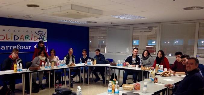 Alumnos del Instituto visitan Carrefour dentro del programa de motivación y orientación laboral