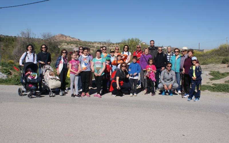 Medio centenar de personas disfrutan de la ruta familiar por Cerro Gordo y Cortijo Miñarro