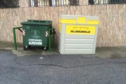 Instalados ocho nuevos contenedores amarillos