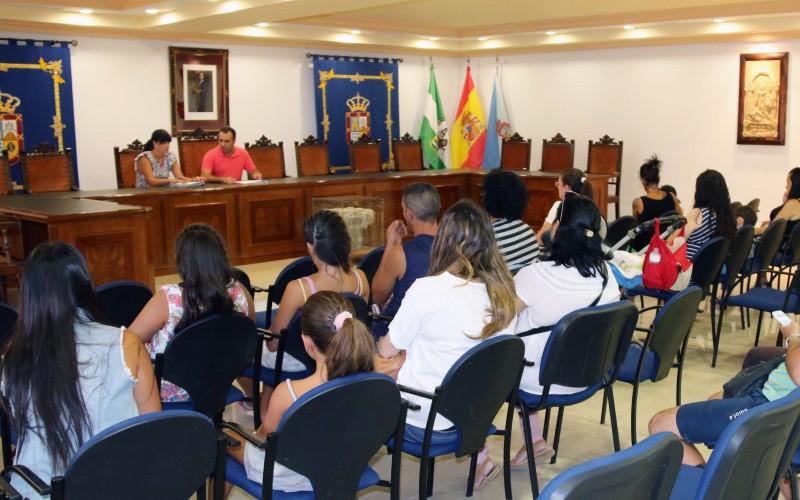 El Ayuntamiento financia los libros de texto de Infantil a 13 familias con pocos recursos económicos