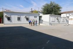 El Colegio inicia el curso con cuatro aulas prefabricadas, dos más que el año pasado, y sin espacio para el recreo