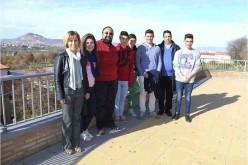 Medio centenar de alumnos del IES Alhendín representa 'Anfitrión' con una finalidad benéfica