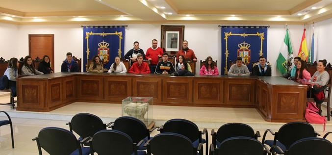 Alumnos del IES visitan el Ayuntamiento