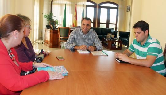 """El proyecto 'Quedadas off line' ofrecerá actividades """"a la carta"""" a jóvenes de 11 a 17 años los viernes por la tarde"""