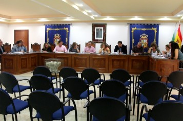 La Corporación Municipal exige a la Junta una partida presupuestaria para el futuro colegio