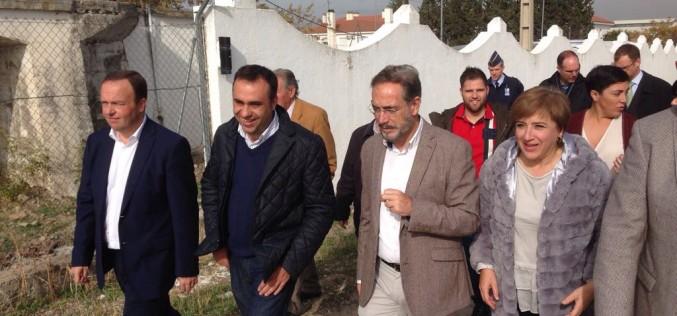 """El alcalde, """"satisfecho"""" con las obras del carril bici que unirá el municipio con Armilla"""