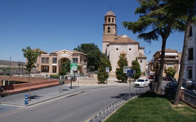 El municipio otorga su medalla de oro a la Fundación Víctimas del Terrorismo