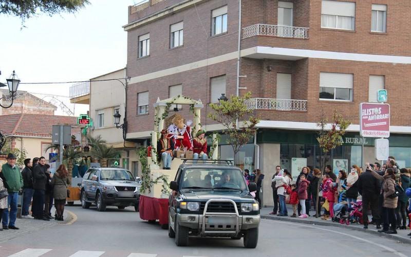 500 kilos de caramelos desprenderán en Alhendín la magia de los Reyes Magos